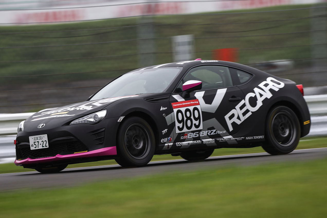 RECARO 86/BRZ RACING TEAM 田中 哲也